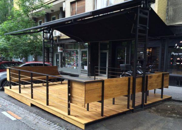 Terasa lokala Go Sushi u centru Beograda